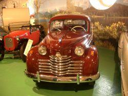 Sieht fast aus wie ein Großer, der Opel Olympia